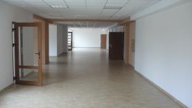 Pronájem, obchod a služby, 343 m2, Česká Ves