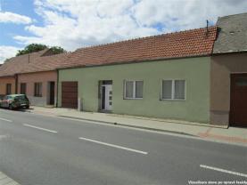 Prodej, rodinný dům 3+1, 475 m2, Neslovice