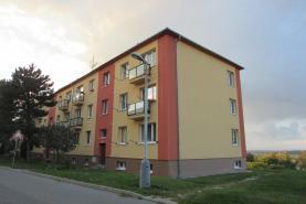 Prodej, byt 2+1, 70 m2, Stochov, ul. S.K. Neumanna