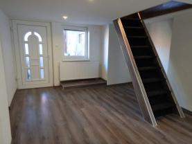 Prodej, rodinný dům, 707 m2, Ohrozim