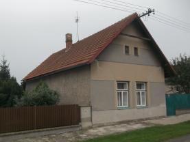 Prodej, rodinný dům 2+1, 969 m2, Lovčice