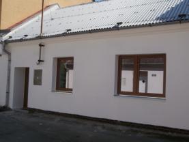 Pronájem, rodinný dům 2+1, Litovel, ul. Karlovská