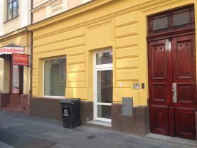 Pronájem, obchodní prostory, 230 m2, Plzeň