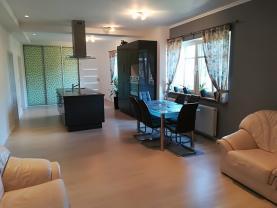 Prodej, byt 4+kk, 181m2, terasa, garáž, Sluštice