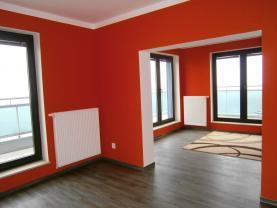 Pronájem, bytu 3+kk s terasou, 84 m2, Litice
