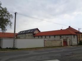 Prodej, komerční objekt, 1520 m2, Zlončice