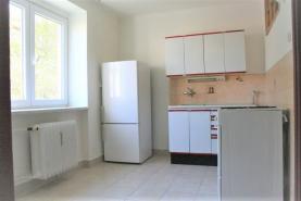Prodej, byt 1+1, 30 m2, Plzeň