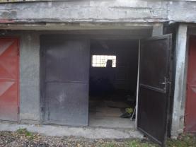 vrata (Prodej, garáž, 18 m2, Kladno - Švermov), foto 3/7
