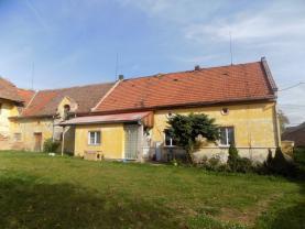 pohled na dům ze zahrady (Prodej, rodinný dům, 2842 m2, Kvílice), foto 3/16
