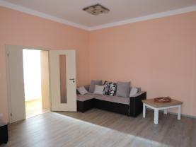 DSCN2650 (Prodej, byt 3+1, 106 m2, Mariánské Lázně, ul. Hlavní třída), foto 3/30