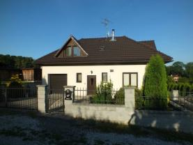 Prodej, rodinný dům 5+1, 1330 m2, Šenov