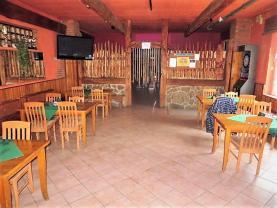 Pronájem, restaurace, 1791 m2, Chropyně