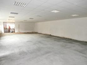 2-vstup do vjezdové garáže (Pronájem, výrobní objekt, 220 m2, Moravská Ostrava), foto 3/7