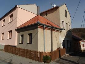 Prodej, rodinný dům, 1510 m2, Mokrá - Horákov