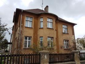 Prodej, 1/2 rodinný dům 7+1, 150 m2, Opava - Předměstí