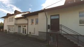 Prodej, byt 4+1, 113 m2, Volenice