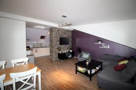 Pronájem, byt, 3+1, 70 m2, Praha 4 - Nusle