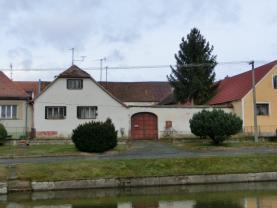 Prodej, rodinný dům, 1840 m2, Vnorovice