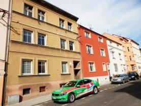 Pronájem, byt 1+1, 28 m2, Cheb, ul. Vančurova
