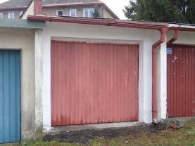 Pronájem, řadová garáž, 21 m2, Nový Bor