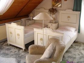 pokoj pro hosty (Prodej, rodinný dům, 330 m2, Hranice u Aše), foto 2/42