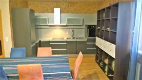 Prodej, byt 2+kk, CP 81 m2, Karlovy Vary, Doubí