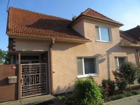 Prodej, rodinný dům 6+1, 240 m2, Bořetice