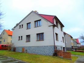 Prodej, rodinný dům 6+2, 1611 m2, Milevsko