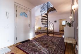 Pronájem, atypický byt, 198 m2, Praha 6 - Dejvice