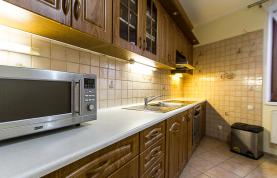 kuchyň (Prodej, byt 3+kk, 83 m2, Praha 8, Stejskalova ul.), foto 3/9