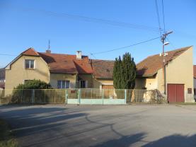 Prodej, rodinný dům 5+1, 1287 m2, Chocenice