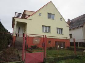 Prodej, rodinný dům 5+2, 844 m2, Radnice ul. Za Sokolovnou