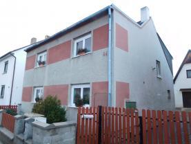 Prodej, rodinný dům, 4+kk, 160m2, Lužany