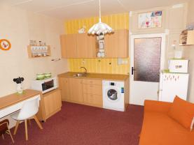 Prodej, byt 1+kk, 20 m2, Horní Slavkov, ul. Poštovní