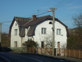 Prodej, rodinný dům, 2084 m2, Horní Police, ul. 9. května