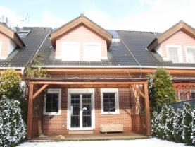 Prodej, rodinný dům, 160 m2, Lešany u Nelahozevsi
