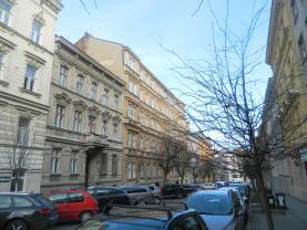 Prodej, byt 2+1 OV, Brno - Veveří, ul. Jana Uhra