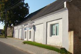 Prodej, rodinný dům,1100 m2, Velvary - Uhy