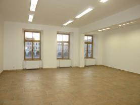 Pronájem, komerční prostor, 80 m2, Nový Jičín, Masaryk. nám.