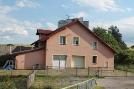 Prodej, rodinný dům 4+kk a 1+kk, 884 m2, Žebrák