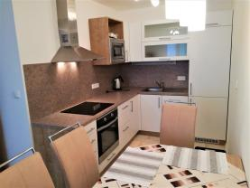 Prodej, byt, 2+kk, 44 m2, Benešov