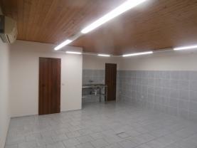 Pronájem, komerční prostory, 58 m2, Sezemice