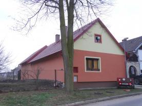 Prodej, rodinný dům, 203 m2, Račice