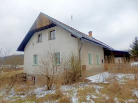 Prodej, rodinný dům 7+1, 1350 m2, Pičín
