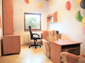 Pronájem, ordinace 12 m2, Říčany - Radošovice