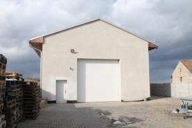 Prodej, komerční pozemek s halou, Doubravčice