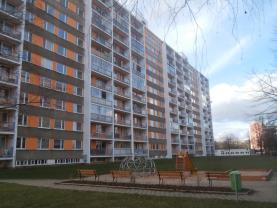 Prodej, byt 1+kk, OV, Pardubice, ul. Brožíkova