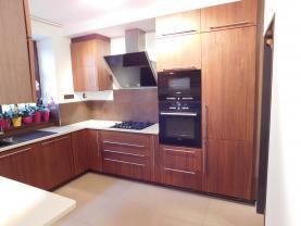 (Prodej, mezonetový byt 4+1, 106 m2, Karlovy Vary - Bohatice), foto 3/21