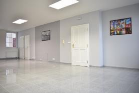 Pronájem, byt 3+kk, 139 m2, Zlín, ul. Lešetín