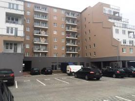 Prodej, byt 1+kk, 35 m2, OV, Klecany, Zelený park